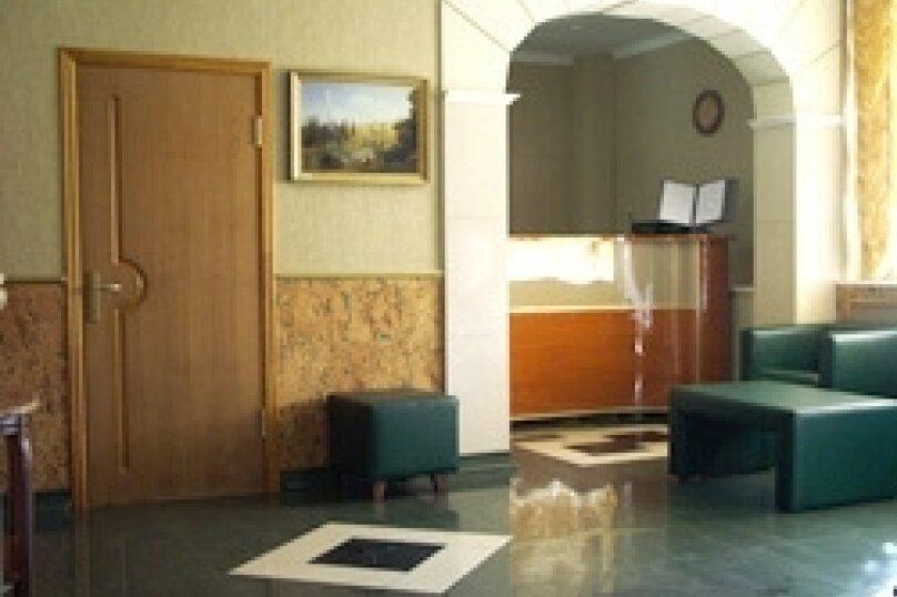 Гостиница Октябрьская, проспект 50 лет Октября, 3Г на 33 номера - Фотография 1