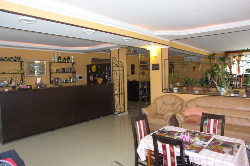 Отель Mr.ru (Мистер Ру), Новороссийская улица, 296 на 12 комнат - Фотография 2