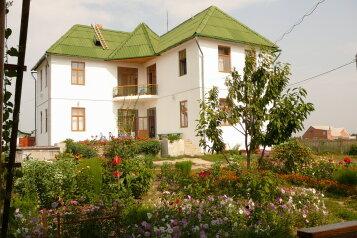 Дом, улица Суворова, 62 на 6 номеров - Фотография 1