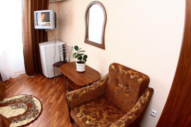 """Гостевой дом """"Евгения"""", улица Кати Соловьяновой, 63Б на 11 комнат - Фотография 5"""