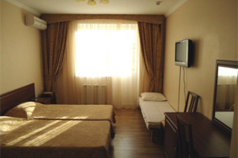 Гостевой дом Ростислав, улица Роз, 22 на 2 комнаты - Фотография 8
