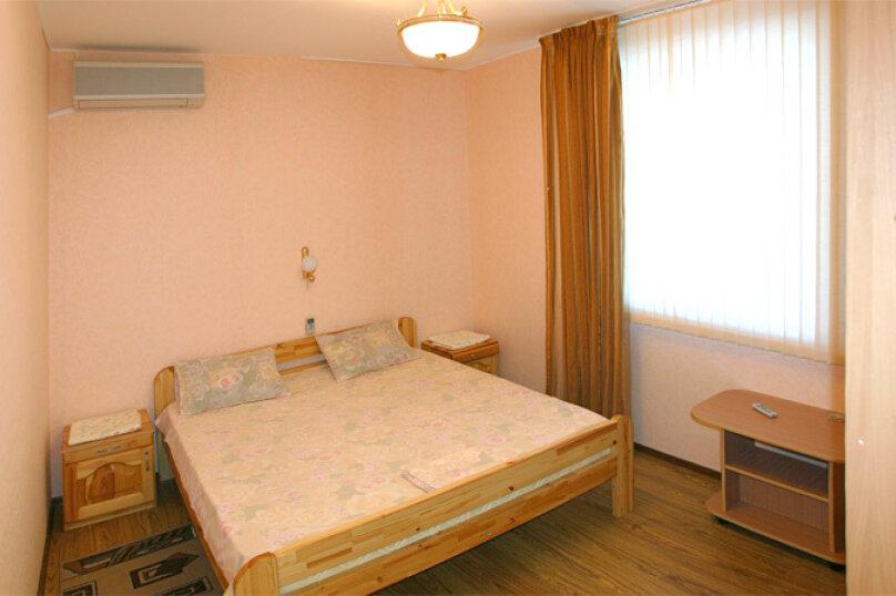 Трехкомнатный люкс, Серебряная улица, 3, Витязево - Фотография 1