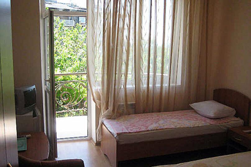 Гостевой дом Даниэль, Таежная улица, 8А на 10 комнат - Фотография 4