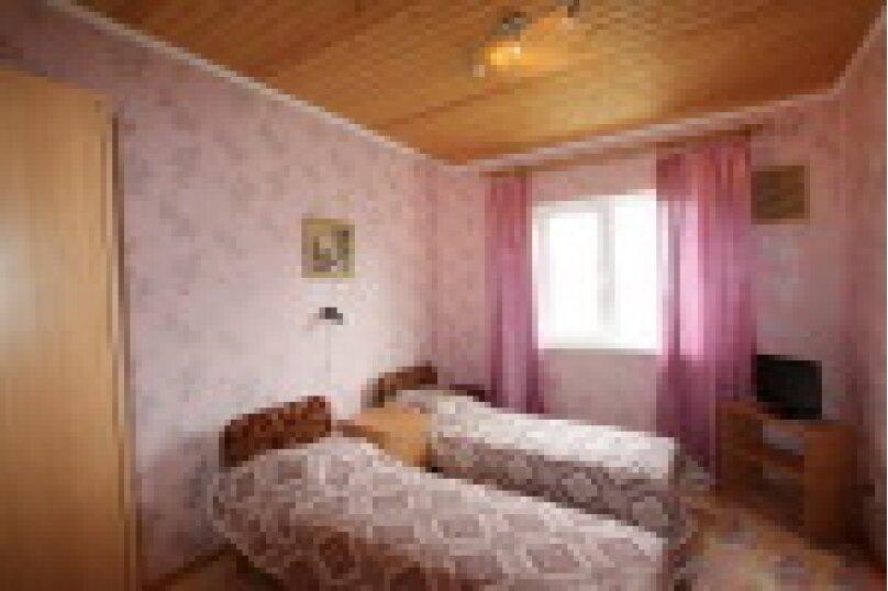 Гостевой дом Розовый дом, Центральная улица, 25Б/2 на 21 комнату - Фотография 11