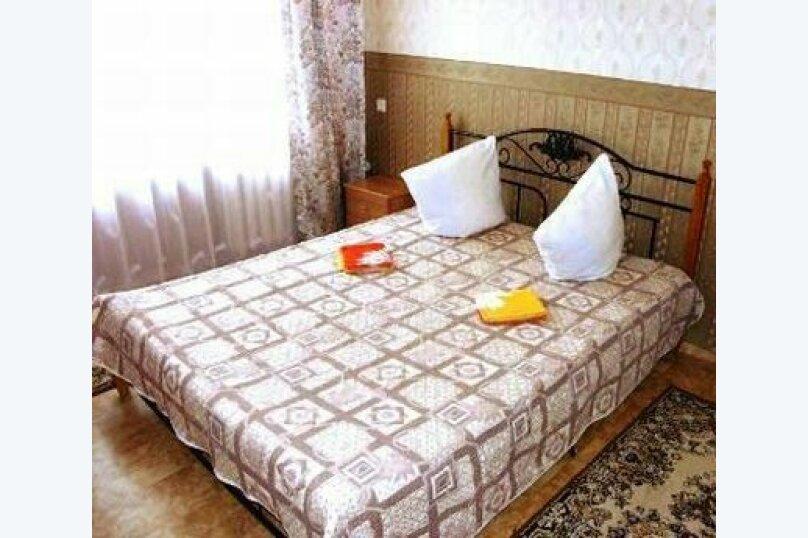 """Мини-отель """"Кедр"""", улица 26 Бакинских Комиссаров, 21 на 49 номеров - Фотография 3"""