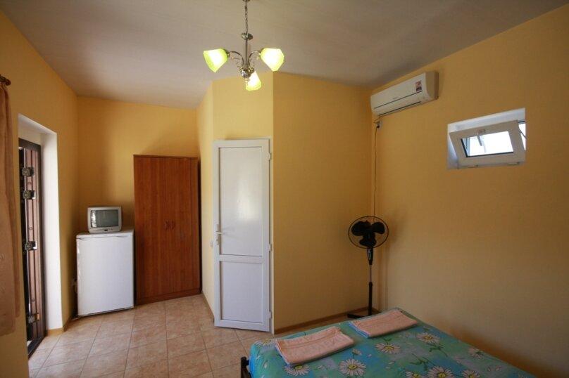Трехместный номер, улица Гагарина, 55, Кучугуры - Фотография 1