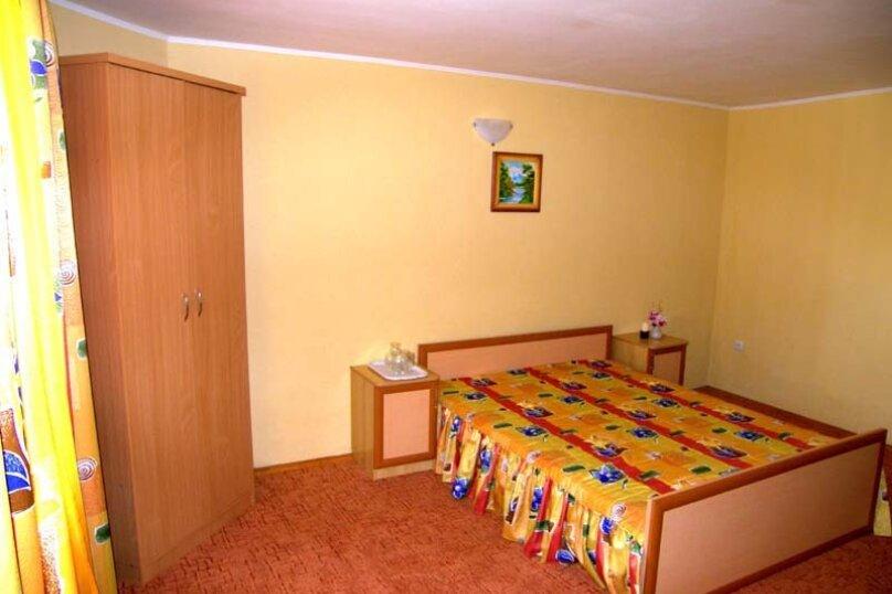 Трехместный номер 1 комнатный, 2-й Черноморский переулок, 10, Витязево - Фотография 1