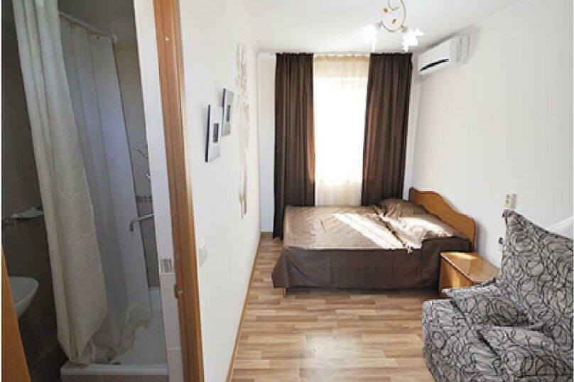 """Гостевой дом """"На Платановой 10"""", Платановая улица, 10 на 16 комнат - Фотография 32"""