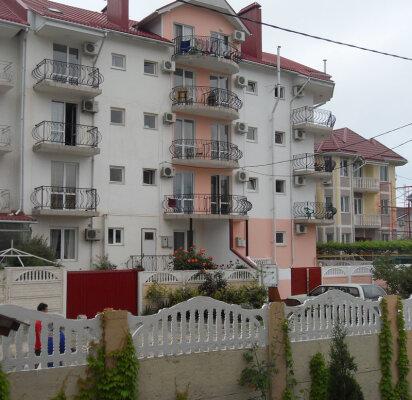 Гостевой дом , улица Сьянова, 1 на 10 номеров - Фотография 1