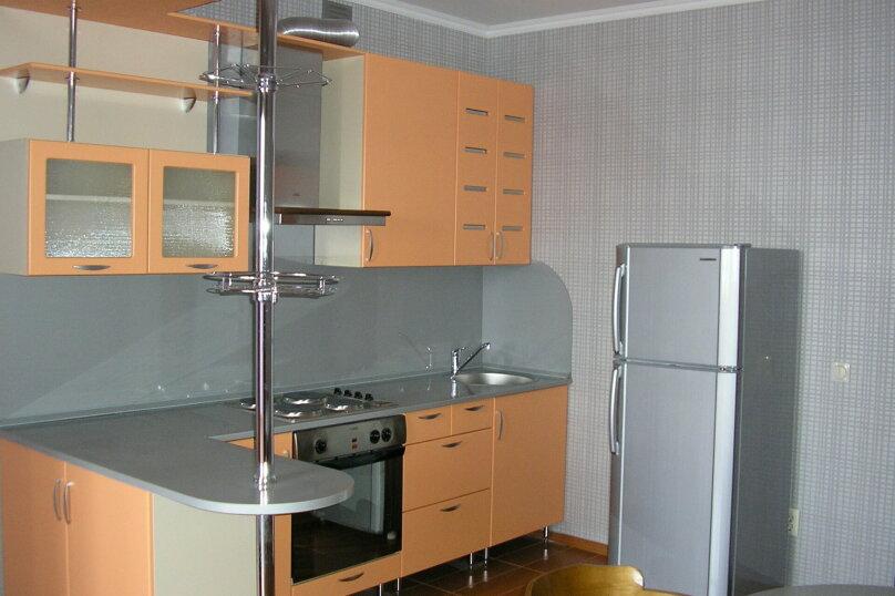 1-комн. квартира, 64 кв.м. на 3 человека, Гостенская улица, 2А, Белгород - Фотография 2