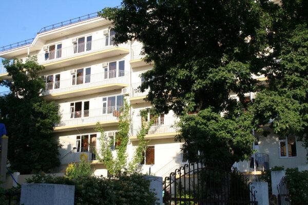 Гостевой дом, Луначарского , 133 на 40 номеров - Фотография 1