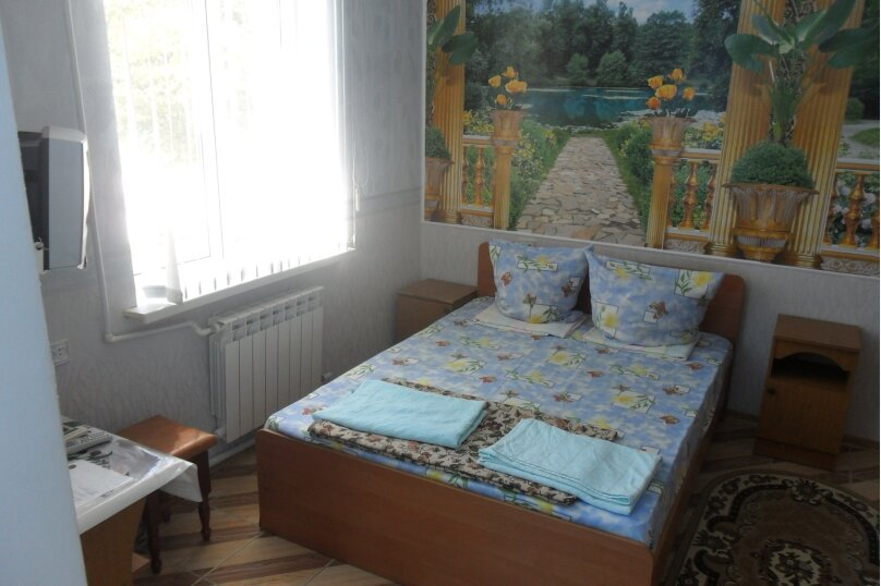 4-х местный, улица Тургенева, 183, Анапа - Фотография 1