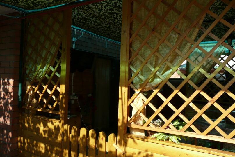 """Гостевой дом """"На Калинина 223"""", улица Калинина, 223 на 5 комнат - Фотография 2"""