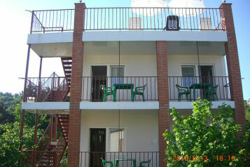 Гостевой дом, Приморская улица, 15 на 15 номеров - Фотография 1