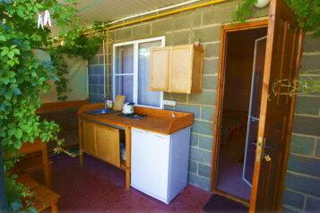 Гостевой дом, Приморская на 15 номеров - Фотография 4