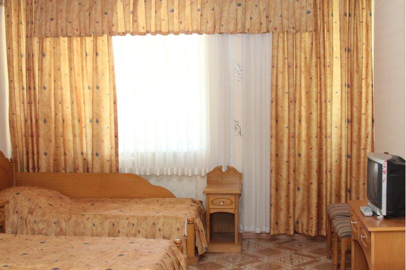 1 комнатный, 4- местный номер, база отдыха, 1, Приморско-Ахтарск - Фотография 1