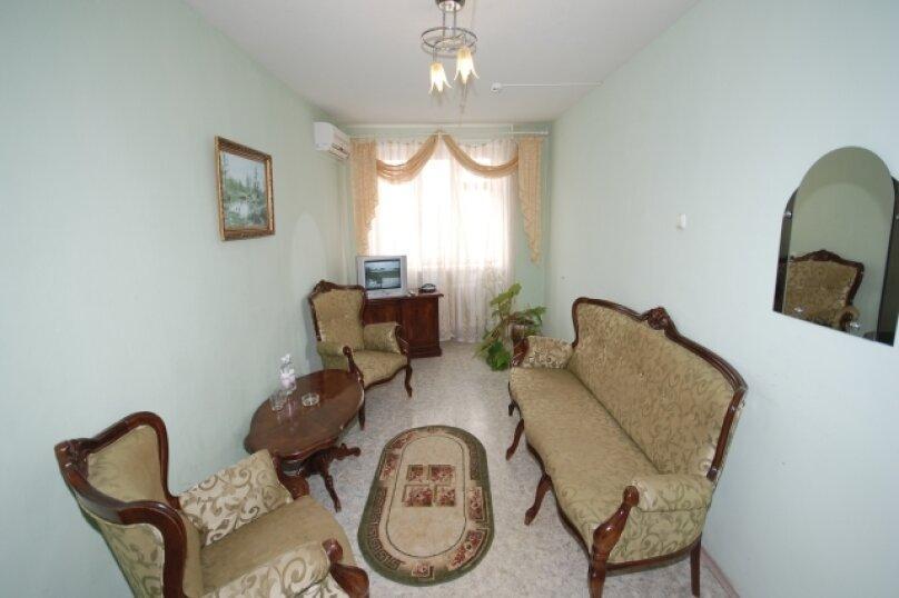 Полулюкс 2-х комнатный, Баррикадная улица, 1Г, Волгоград - Фотография 1