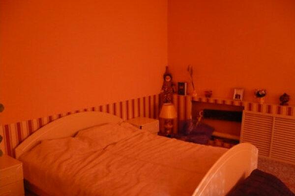 2-комн. квартира на 4 человека, улица Косарева, 84, Октябрьский район, Саранск - Фотография 1