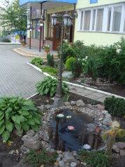 Гостиница, улица Иркутско-Пинской дивизии, 2 на 18 номеров - Фотография 2