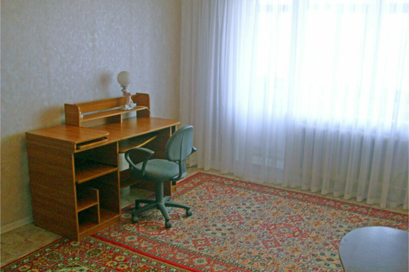 2-комн. квартира, 55 кв.м. на 4 человека, улица Куйбышева, 136, Омск - Фотография 6