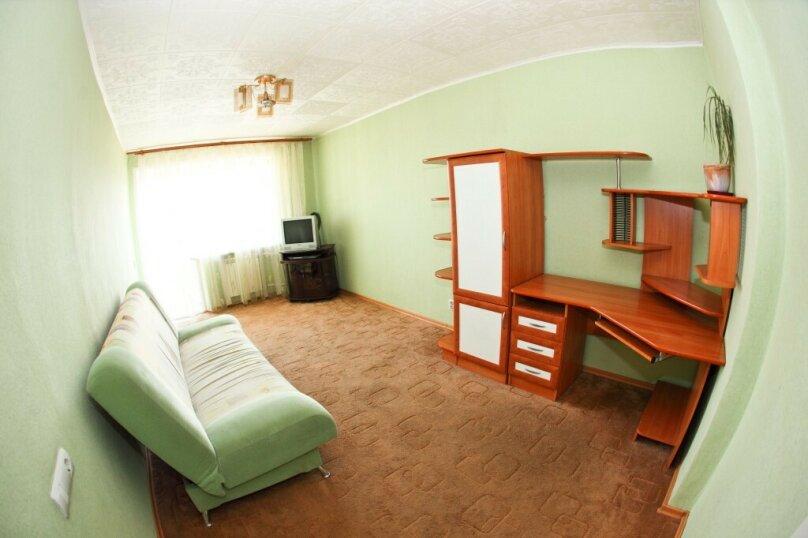 1-комн. квартира на 1 человек, улица Карла Маркса, 146, Красноярск - Фотография 2