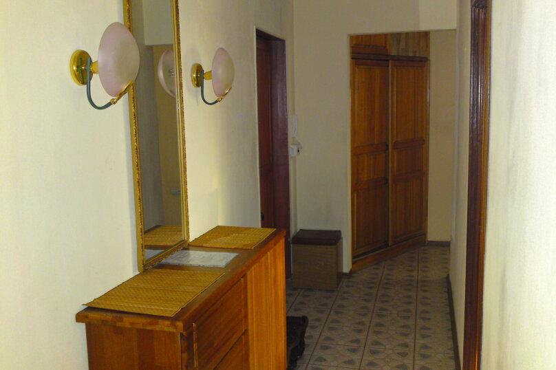 2-комн. квартира, 54 кв.м. на 2 человека, Взлётная улица, 2, Красноярск - Фотография 9