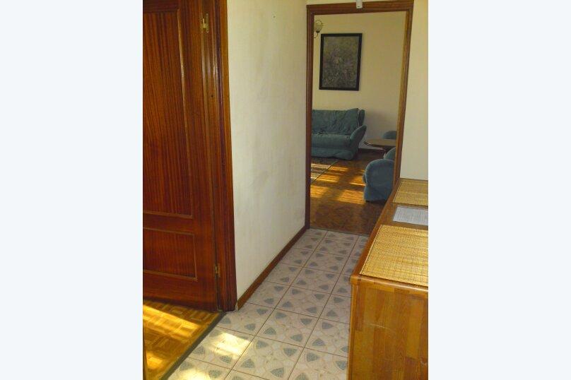 2-комн. квартира, 54 кв.м. на 2 человека, Взлётная улица, 2, Красноярск - Фотография 7