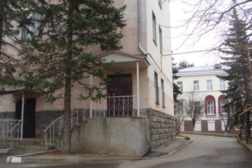 1-комн. квартира, 46 кв.м. на 3 человека, улица Мироненко, 2, Железноводск - Фотография 3