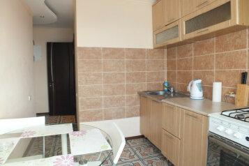 2-комн. квартира, 56 кв.м. на 4 человека, улица Лейтейзена, Советский район, Тула - Фотография 3
