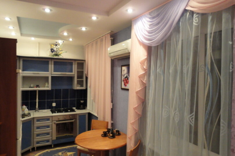 2-комн. квартира, 50 кв.м. на 4 человека, улица Гагарина, 16, Волгоград - Фотография 4