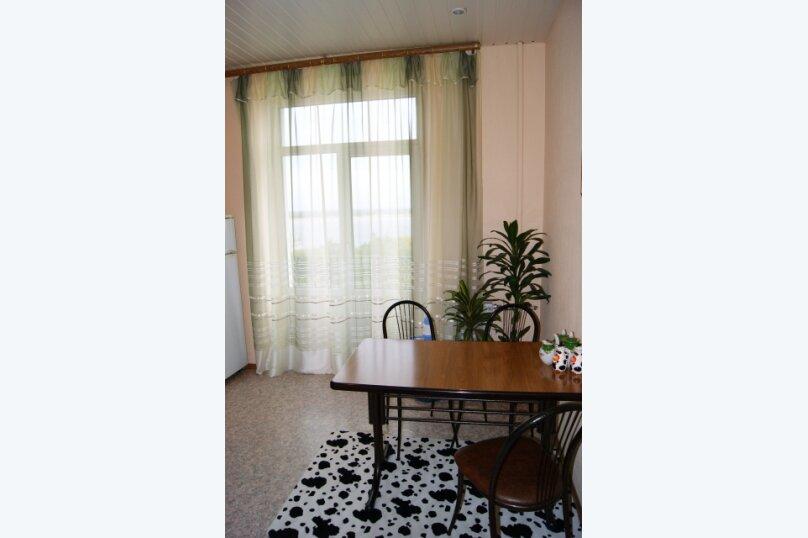 1-комн. квартира, 50 кв.м. на 4 человека, улица Аллея Героев, 1, Волгоград - Фотография 4