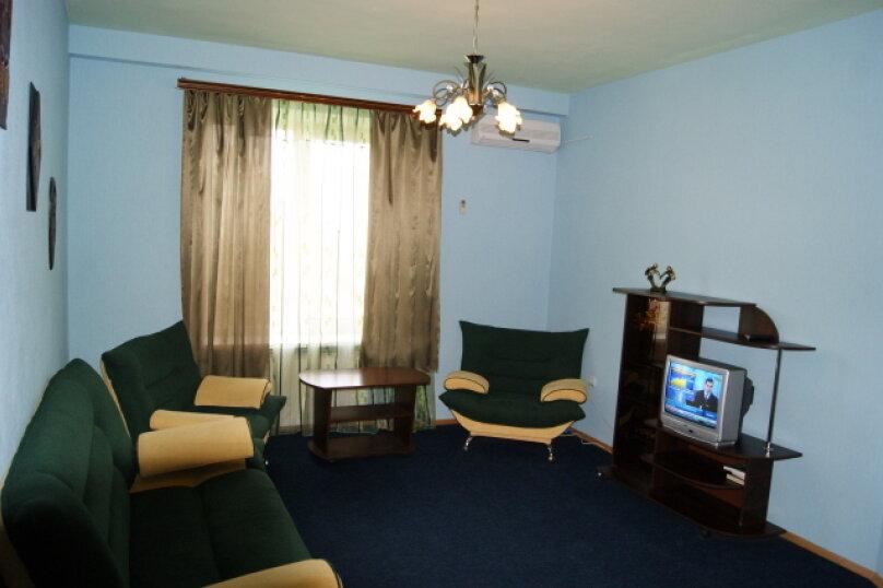 1-комн. квартира, 40 кв.м. на 4 человека, улица Аллея Героев, 1, Волгоград - Фотография 2