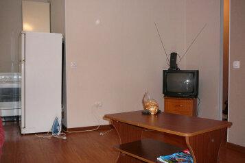 2-комн. квартира, 45 кв.м. на 2 человека, Пр-т 100 лет Владивостоку, Владивосток - Фотография 3