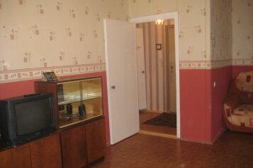 1-комн. квартира, 36 кв.м. на 4 человека, улица Батюшкова, Зашекснинский район, Череповец - Фотография 2