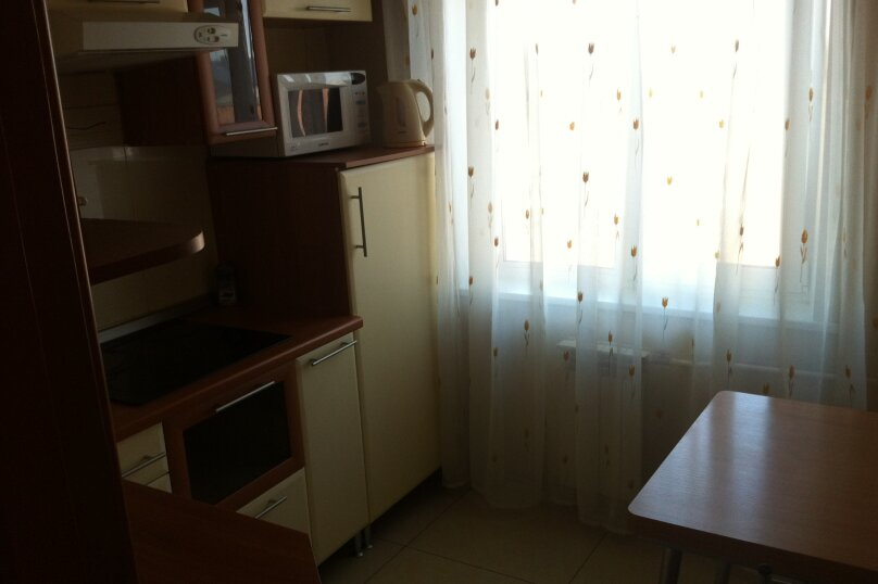 1-комн. квартира, 35 кв.м. на 3 человека, улица Трилиссера, 107, Иркутск - Фотография 5