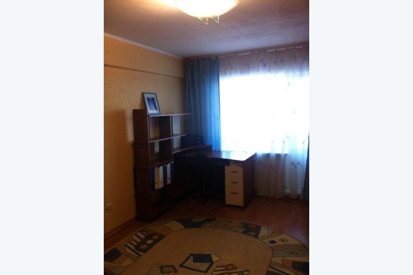 1-комн. квартира, 35 кв.м. на 3 человека, улица Трилиссера, 107, Иркутск - Фотография 6