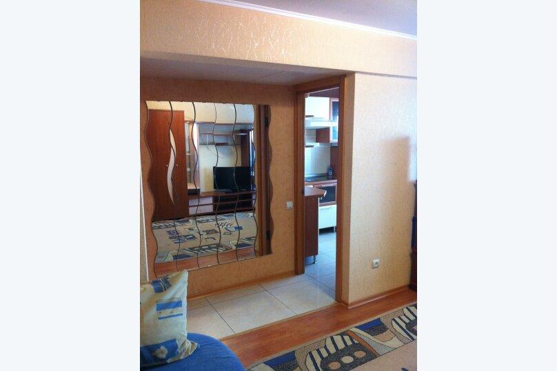 1-комн. квартира, 35 кв.м. на 3 человека, улица Трилиссера, 107, Иркутск - Фотография 2