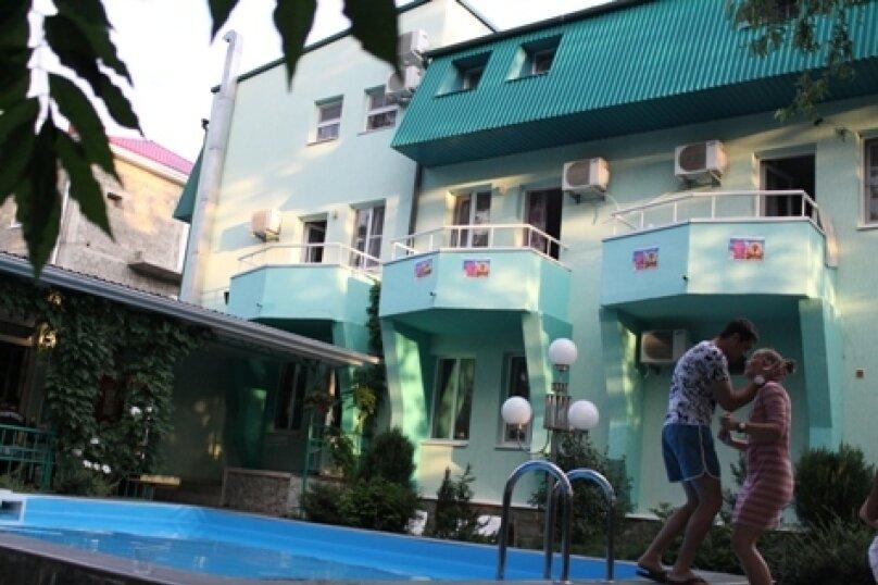 """Мини-отель """"Изумрудный"""", Революционная улица, 136А на 17 номеров - Фотография 5"""