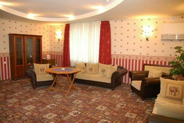 Частная гостиница, улица Мира, 55 на 5 номеров - Фотография 1