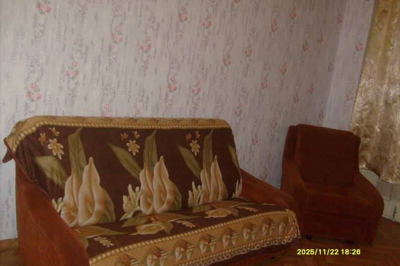 1-комн. квартира, 56 кв.м. на 4 человека, Ленина, 44, Железногорск - Фотография 2