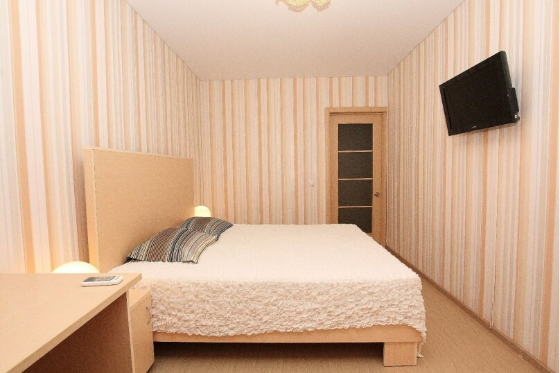 2-комн. квартира, 63 кв.м. на 4 человека, проспект Ленина, 38/179, Челябинск - Фотография 18