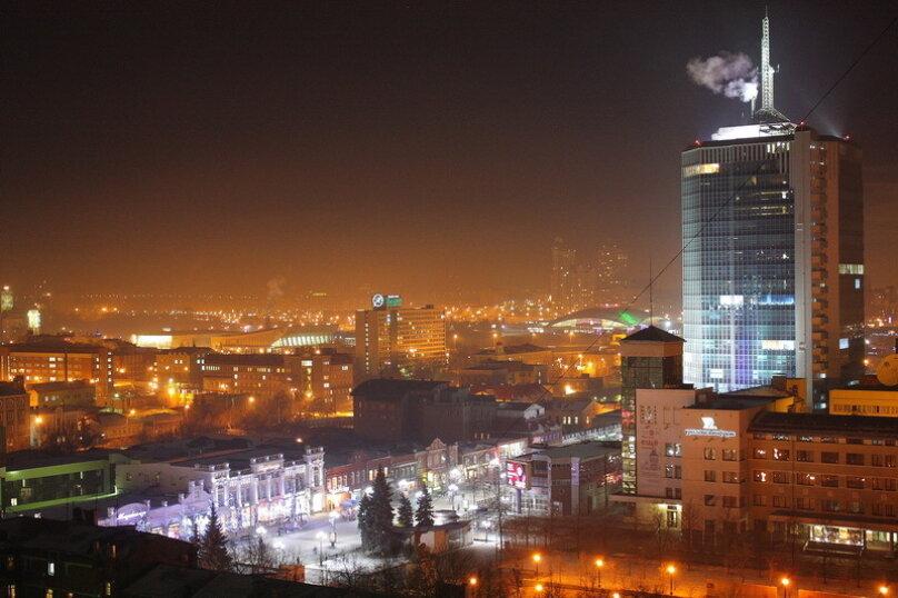 2-комн. квартира, 65 кв.м. на 4 человека, улица Цвиллинга, 34, Челябинск - Фотография 5