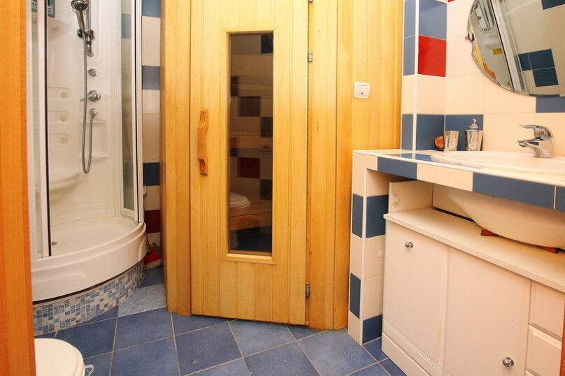 2-комн. квартира, 65 кв.м. на 4 человека, улица Цвиллинга, 34, Челябинск - Фотография 13