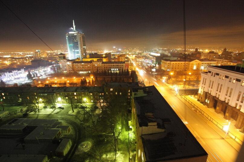 2-комн. квартира, 65 кв.м. на 4 человека, улица Цвиллинга, 34, Челябинск - Фотография 14