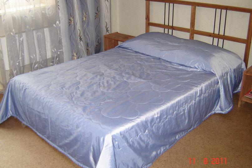 1-комнатная квартира на 2этаже, улица Июльских Дней, 19, метро Ленинская, Нижний Новгород - Фотография 1