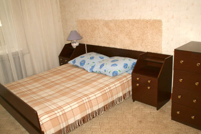 2-комн. квартира, 60 кв.м. на 4 человека, улица Чайковского, 62, Екатеринбург - Фотография 6