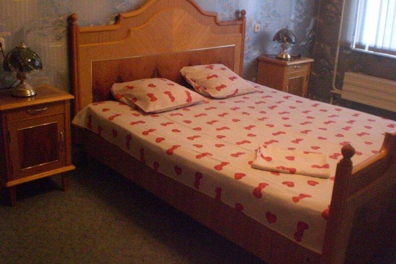 1-комн. квартира, 40 кв.м. на 4 человека, улица Шейнкмана, 134, Екатеринбург - Фотография 1