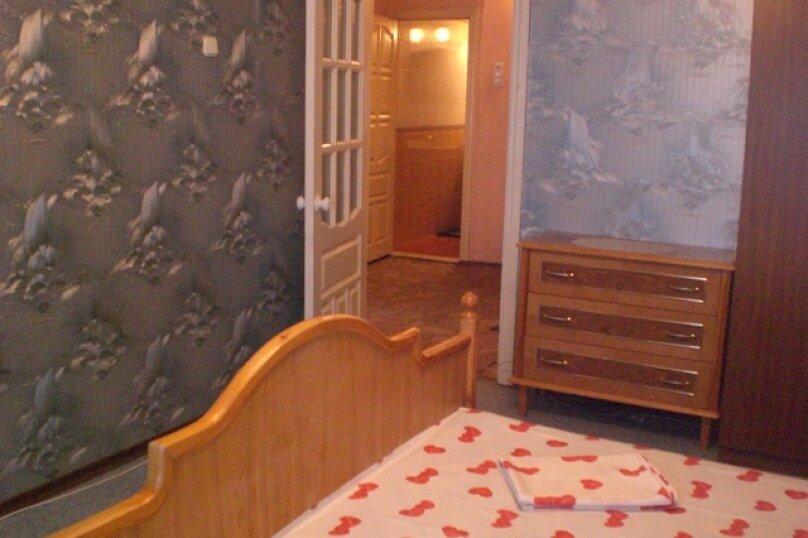 2-комн. квартира, 60 кв.м. на 6 человек, улица Шейнкмана, 134, Екатеринбург - Фотография 2