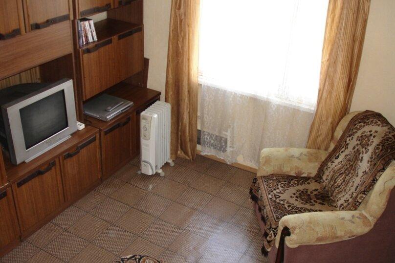 1-комн. квартира, 30 кв.м. на 2 человека, улица Фрунзе, 100, Екатеринбург - Фотография 1