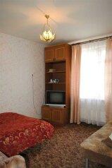 1-комн. квартира, 30 кв.м. на 3 человека, улица Фрунзе, 100, Ленинский район, Екатеринбург - Фотография 1